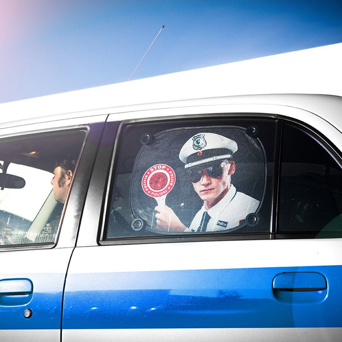 Lustiger Auto-Sonnenschutz